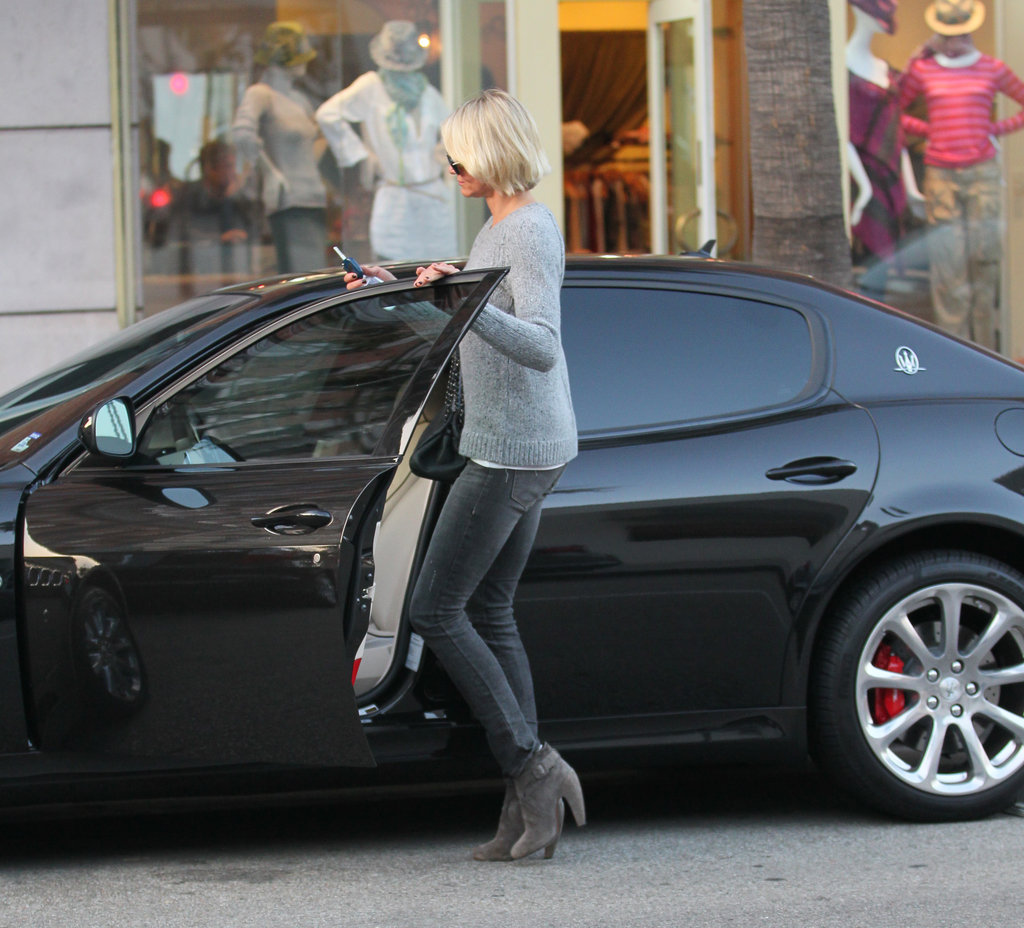 Cameron Diaz getting into a black car.