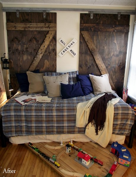 These barn doors echo the iconic pattern of old railroad signs — perfect in a room for a train-obsessed little boy.    Source