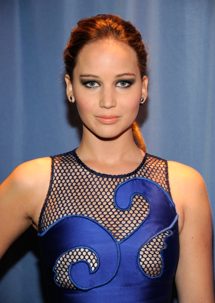 Jennifer Lawrence in blue at the People's Choice Awards.