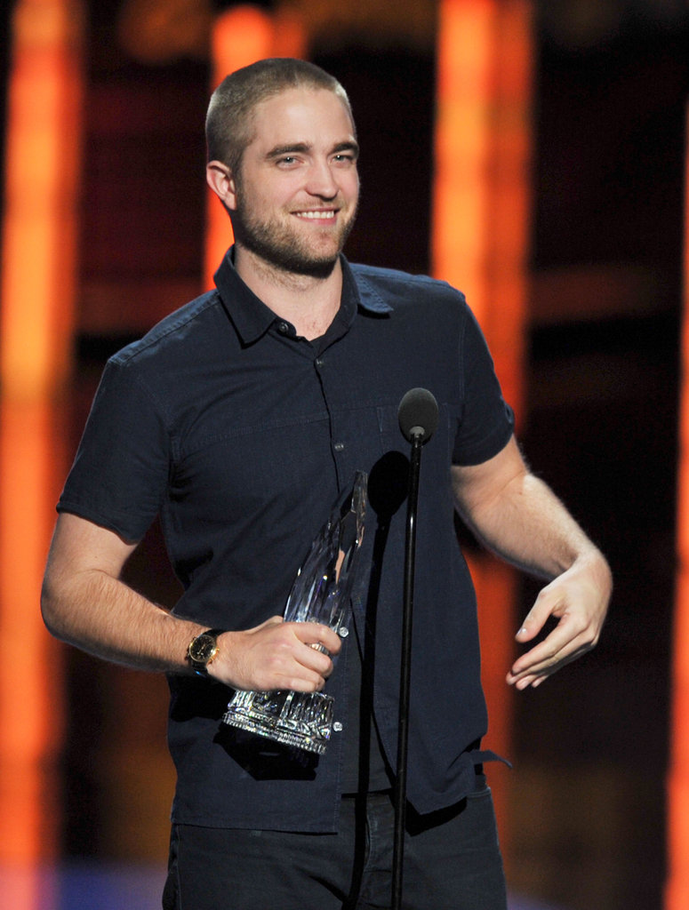 Robert Pattinson held onto his People's Choice Award.