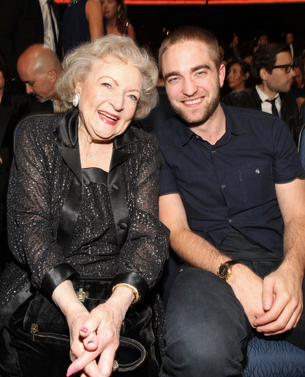 Robert Pattinson and Betty White were seated next to each other at the People's Choice Awards.