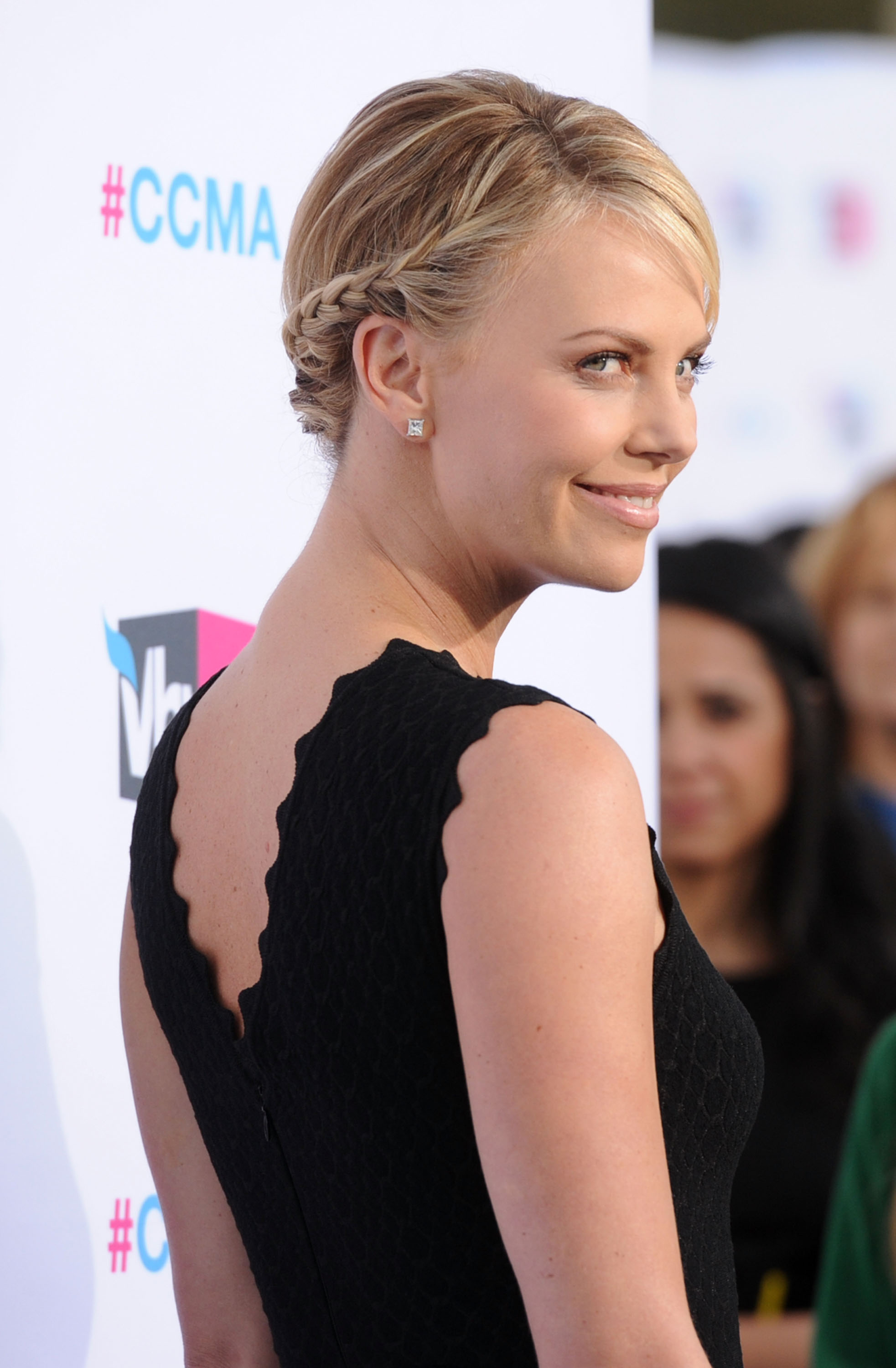 Charlize Theron was in black at the Critics' Choice Movie Awards.