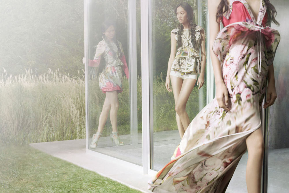 Long chiffon floral print dresses and pops of pink show up in Vera Wang's Spring line. Source: Fashion Gone Rogue