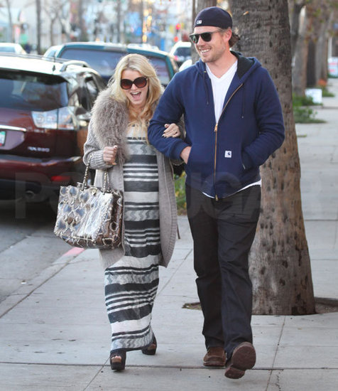 Jessica Simpson Does Lunch With Her Main Squeeze, Eric