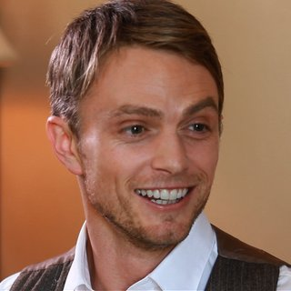 Wilson Bethel Interview About Wade on Hart of Dixie