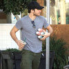 Jake Gyllenhaal at Beverly Hills Juice Pictures