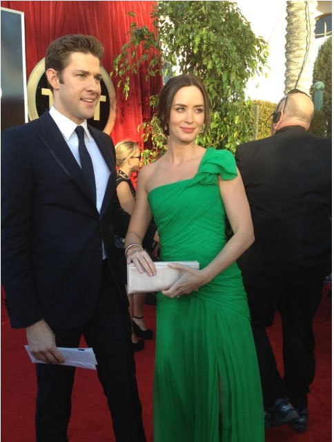 John Krasinski poses with Emily Blunt, who wowed in Oscar de la Renta. Twitter User: SAGawards