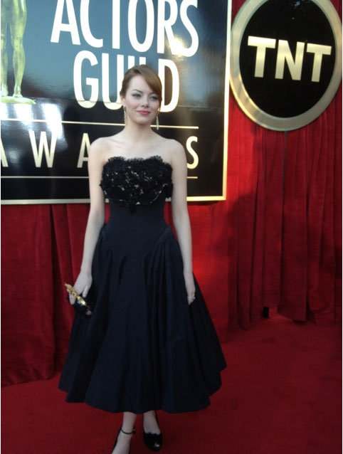 Emma Stone looks glamorous in a black Alexander McQueen gown. Twitter User: SAGawards