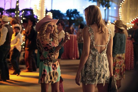 Kristin Chenoweth and Leslie Bibb in GCB. Photos copyright 2012 ABC, Inc.