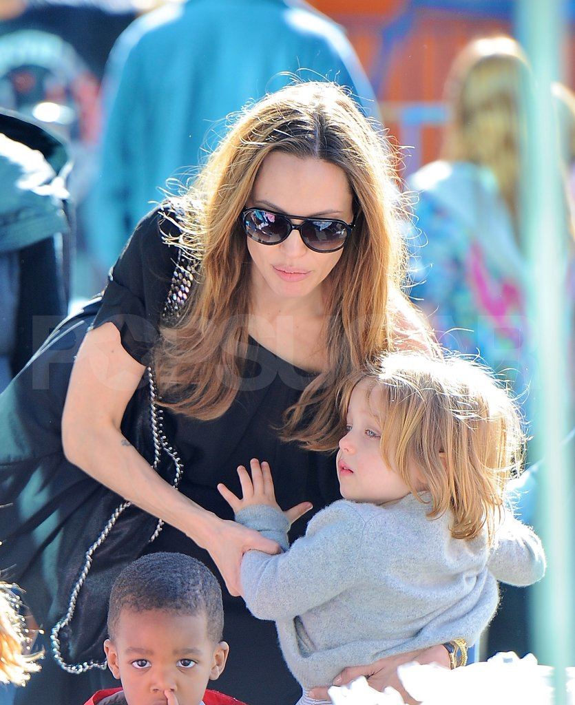 Angelina Jolie set Knox Jolie-Pitt down.