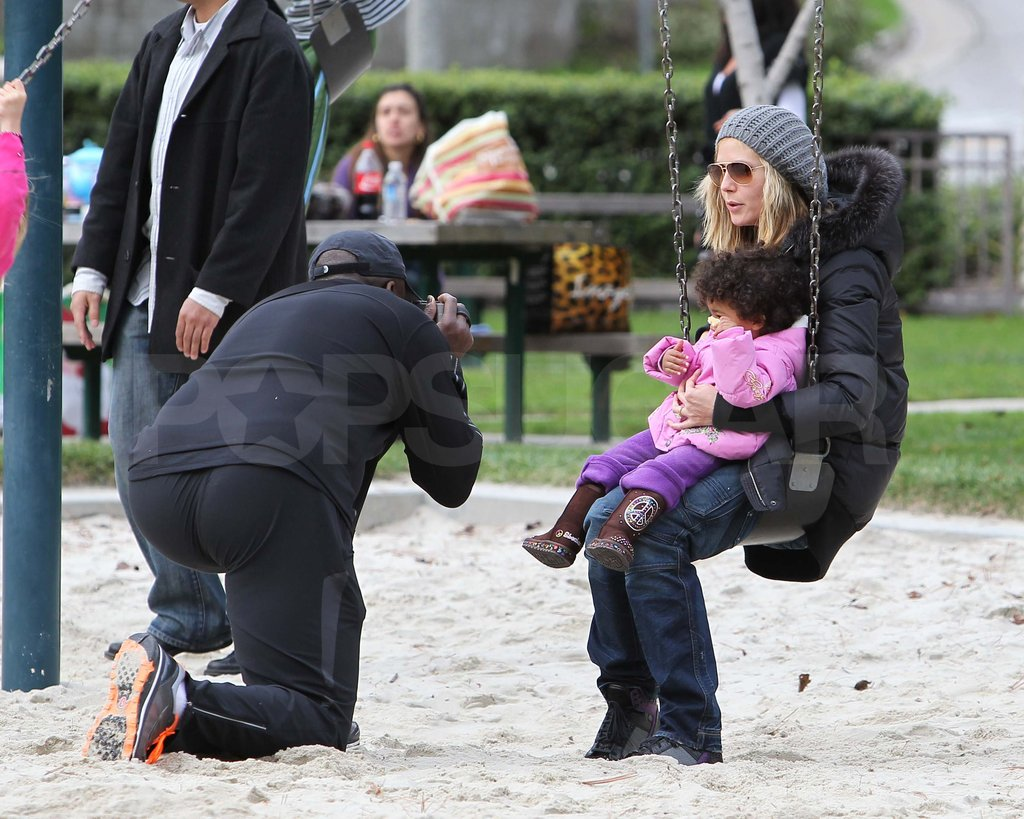 Seal snapped a picture of Heidi and Lou in LA in December 2010.