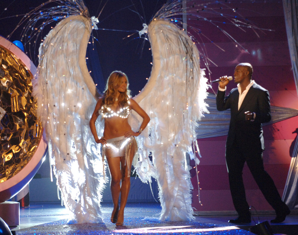 Seal was the musical guest at the 2005 Victoria's Secret Fashion Show.