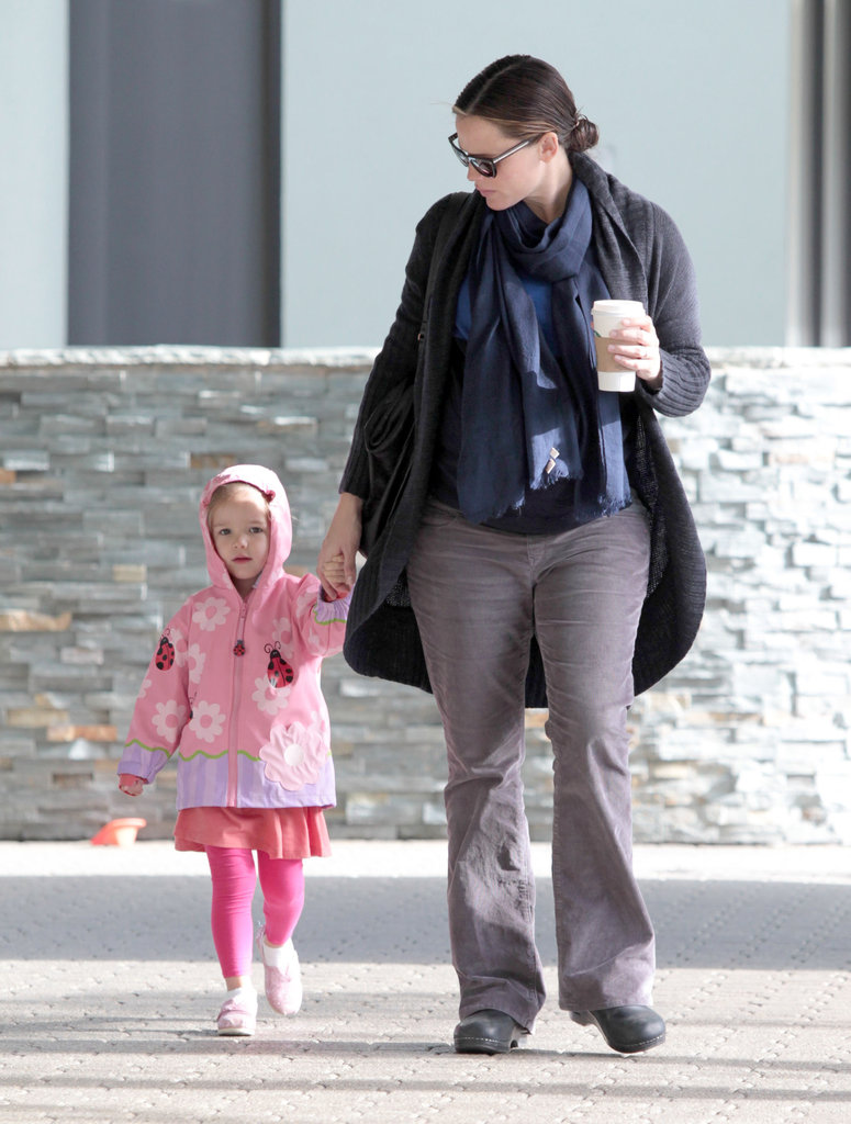 Jennifer Garner with Seraphina in LA.
