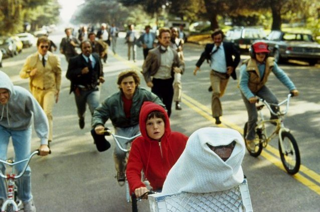 E.T.: The Extra-Terrestrial (1982)