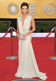 Eva Longoria stunned in a daring ivory Georges Hobeika couture gown at the 2011 awards.