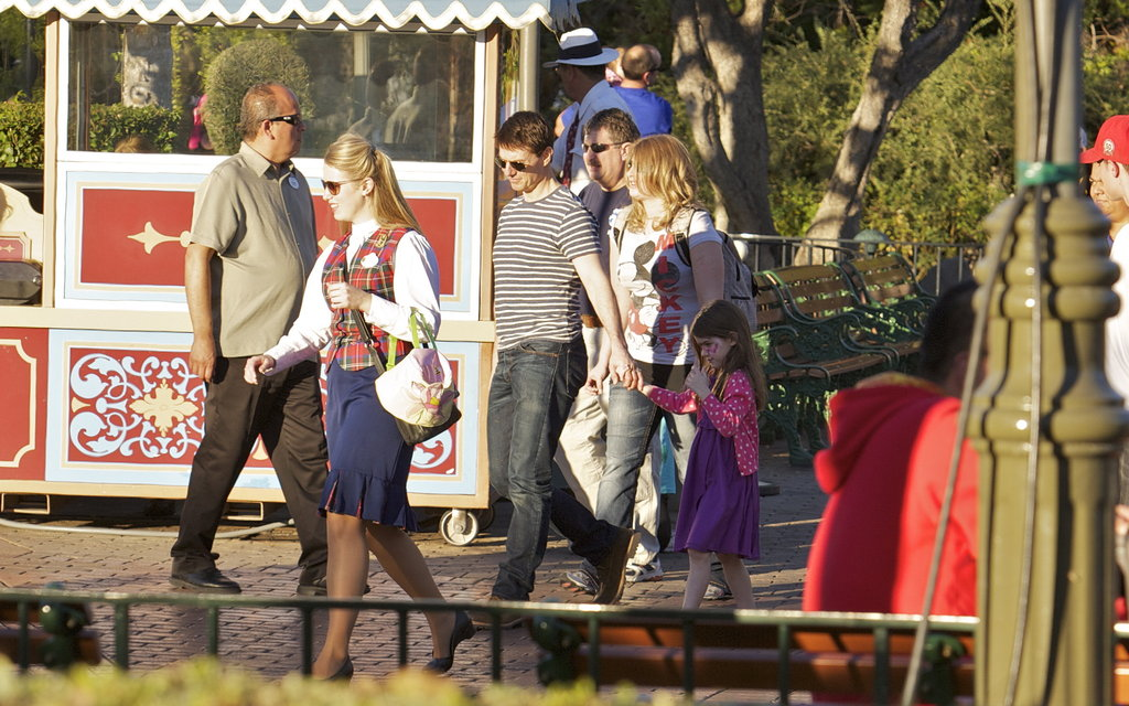 Tom Cruise and Suri Cruise made their way between Disneyland rides.
