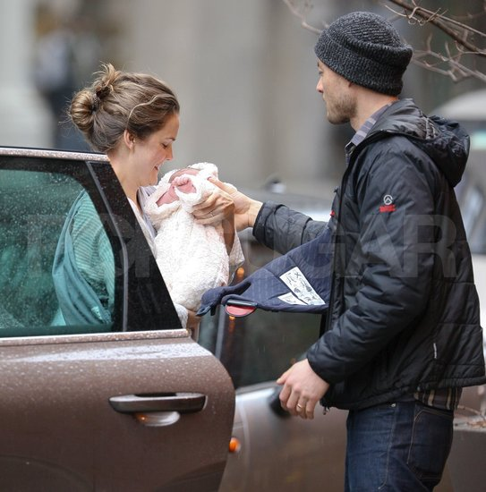 Keri Russell Spends a Brooklyn Day With Baby Willa Lou