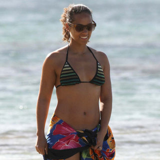 Alicia Keys in a Bikini Pictures