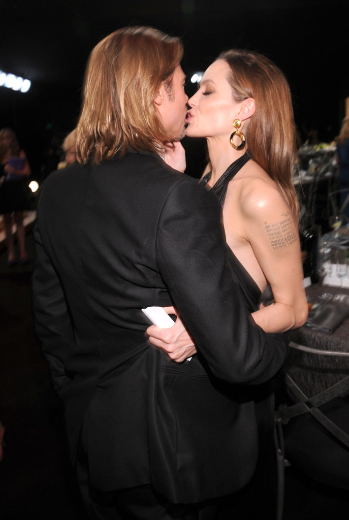 Brad Pitt kissed Angelina Jolie.