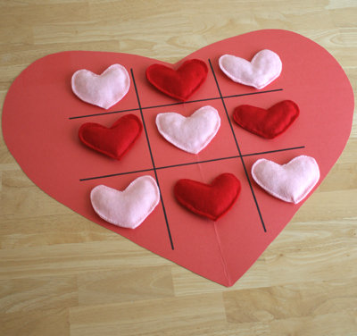 Valentine Tic-Tac-Toe Heart