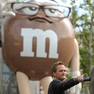 Neil Patrick Harris New M&M