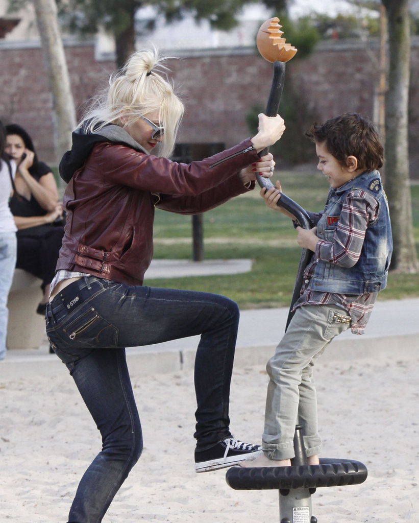 Gwen Stefani gave Kingston Rossdale a spin.