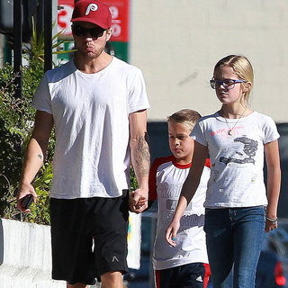 Ryan Phillippe Lunch Pictures With Kids Ava and Deacon