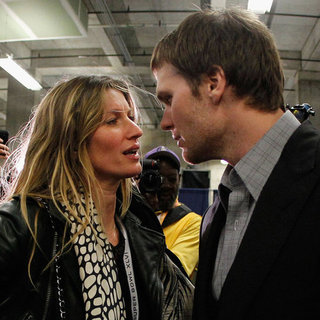 Gisele Bundchen and Tom Brady Pictures Super Bowl 2012 Loss