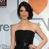 Ashley Greene Wears Oscar de la Renta