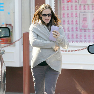 Pregnant Jennifer Garner and Ben Affleck Pictures in LA