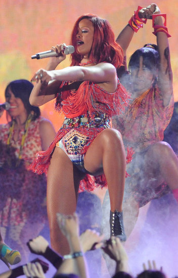 Rihanna got sexy during the 2011 show.