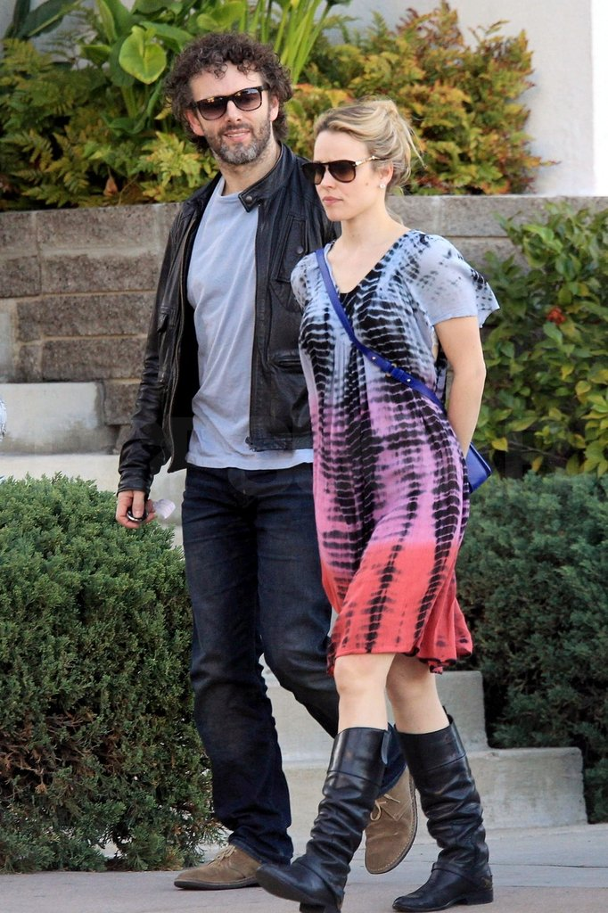 Rachel McAdams hung out with boyfriend Michael Sheen.