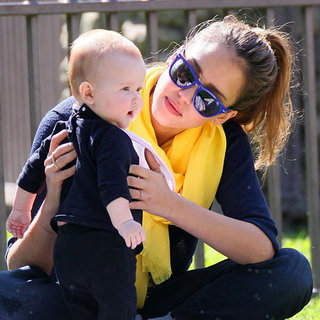 Jessica Alba Pictures With Honor and Haven at LA Park