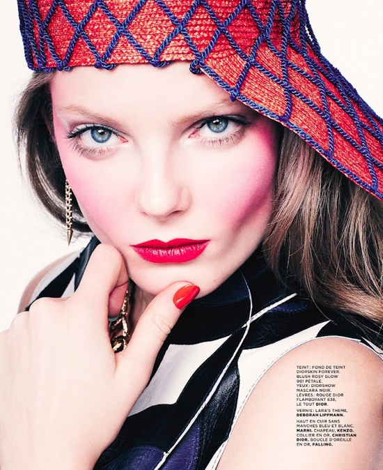 M Le Monde February 2012 Editorial - Eniko Mihalik