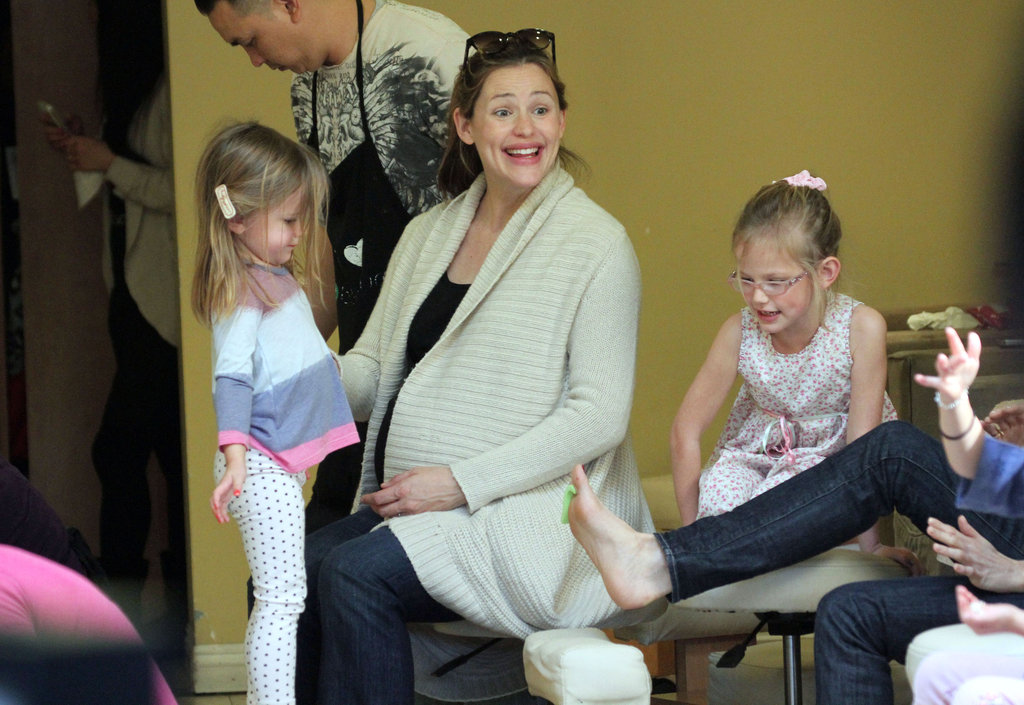 Violet and Seraphina accompanied Jen to a nail salon.