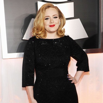 Adele in Black Giorgio Armani Dress Pictures at 2012 Grammy Awards