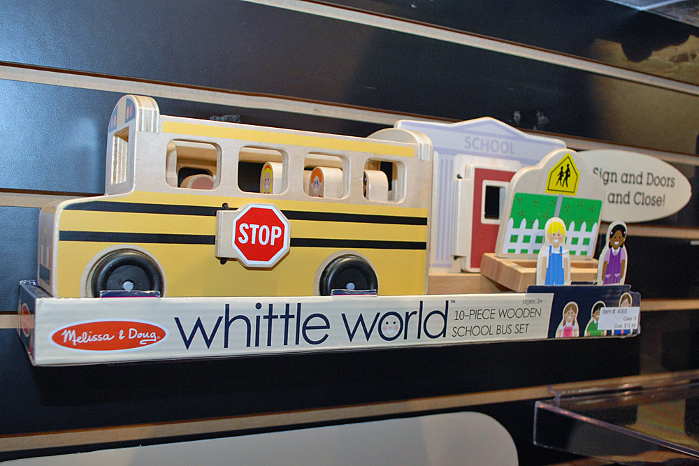 Melissa and Doug Whittle World