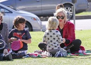 Gwen Stefani Park Pictures With Zuma and Kingston