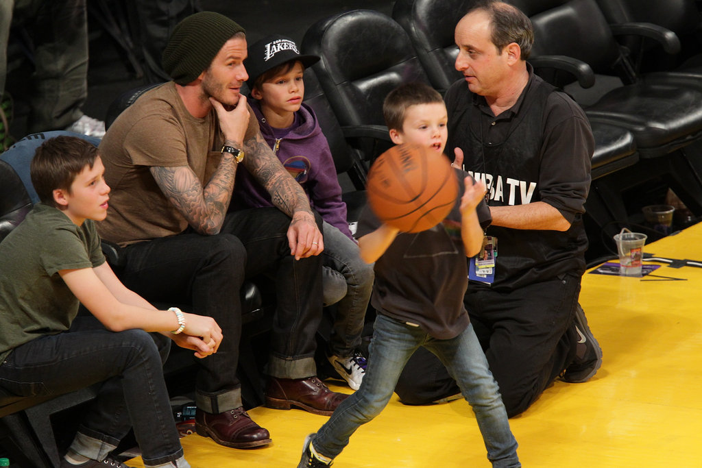 David Beckham, Cruz Beckham, Romeo Beckham, and Brooklyn Beckham went to a Lakers game.