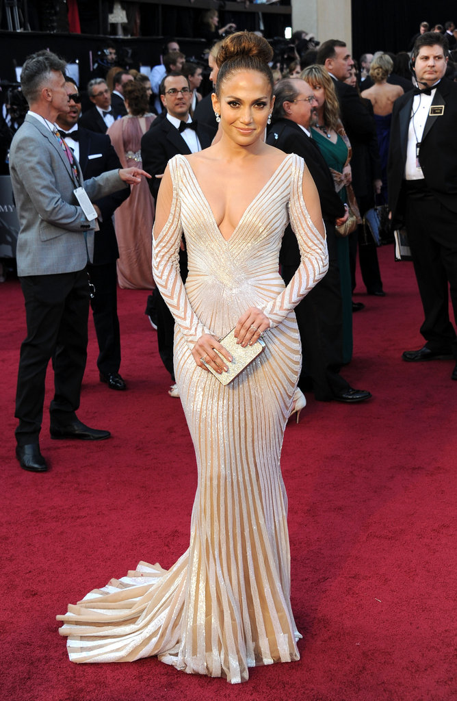 Jennifer lopez wore a Zuhair Murad gown with sexy open shoulders.