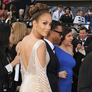 Jennifer Lopez Pictures at Oscars 2012
