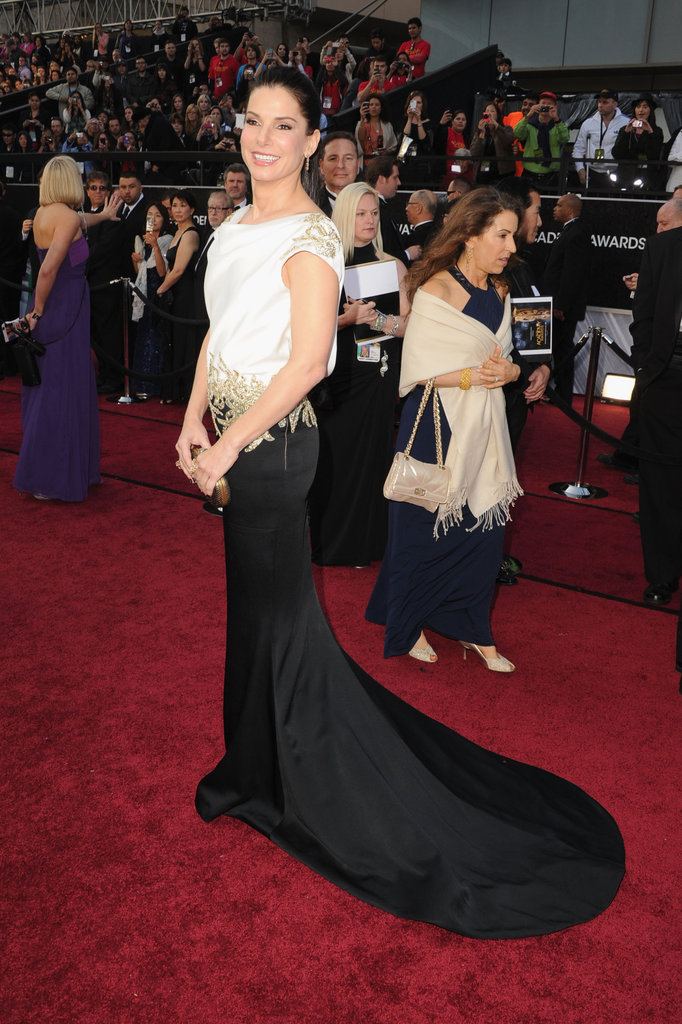 Sandra strikes a pose on the Academy Awards red carpet