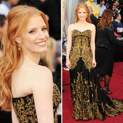 Jessica Chastian Wears Alexander McQueen Gold and Black Gown on the Red Carpet at the 2012 Oscars