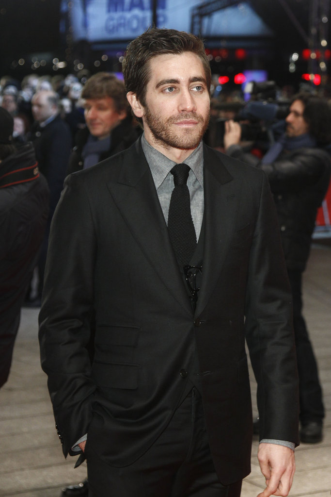 Jake Gyllenhaal suited up.