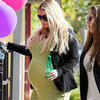 Jessica Simpson Pregnant Pictures in Tight Dress