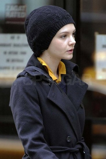 Carey Mulligan getting ready to film Inside Llewyn Davis.