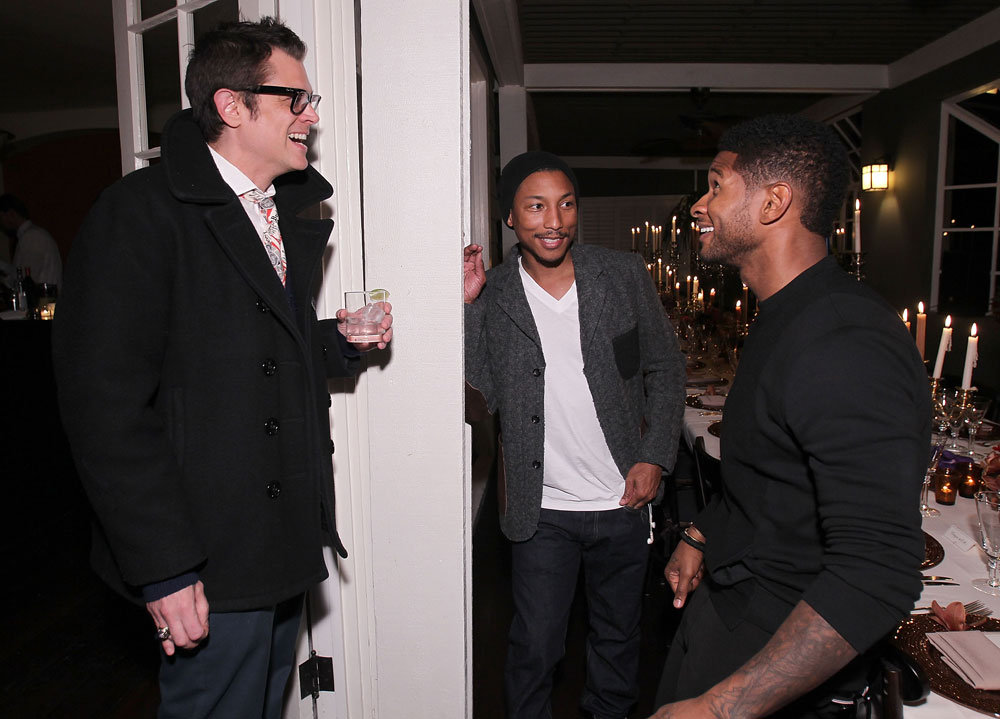 Johnny Knoxville, Usher, and Pharrell Williams caught up.