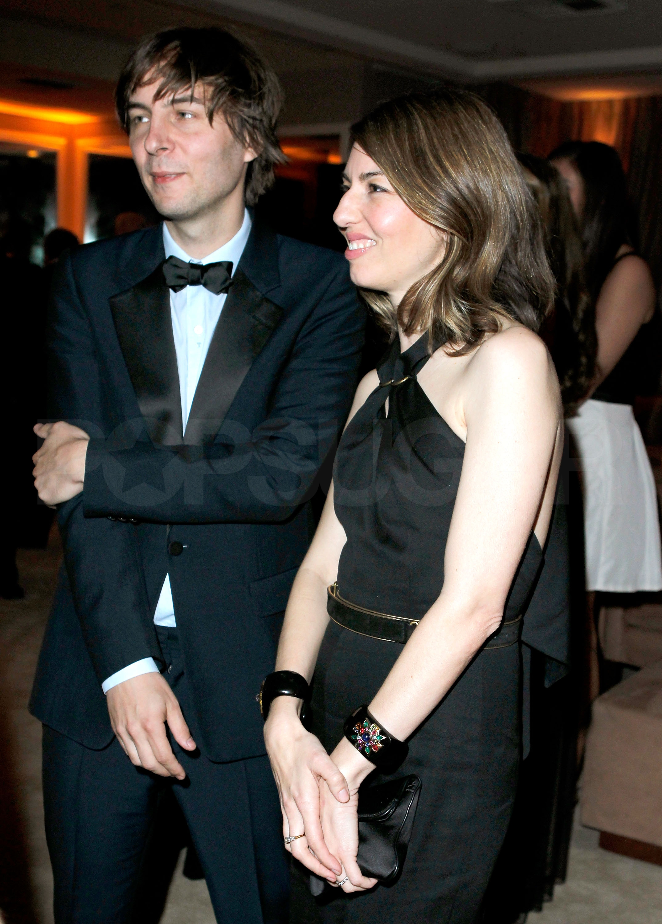 In Style Magazine moreover Leo And Tobey The Greatest Bromance Hollywood Ever Told in addition Keira Knightley Molly Sims Isla Fisher Benedict Cumberbatch S Wife Pregnant Bellies also Jared Leto Hair Transformation additionally Catherine Deneuve Style Photos. on oscar celebrity parties