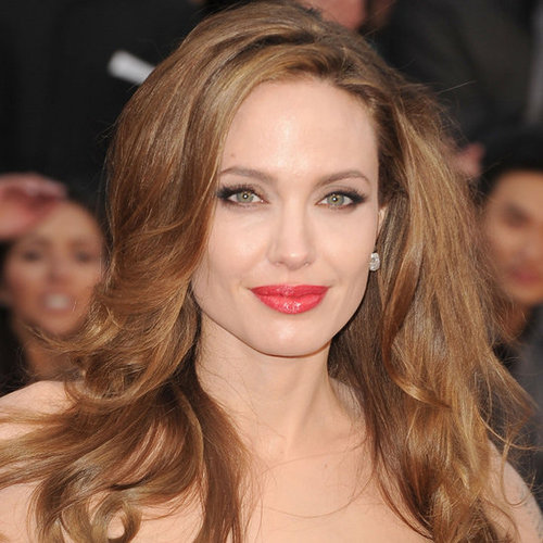 Angelina Jolie's 2012 Oscars Hair and Makeup