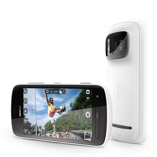 The Skinny on Nokia PureView 808's Huge 41MP Camera